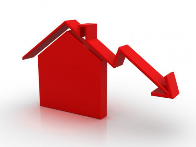 UK property supply falls by 4% in April