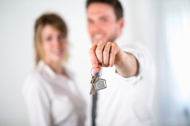 Property Purchasing Process is Outdated, Estate Agents Agree